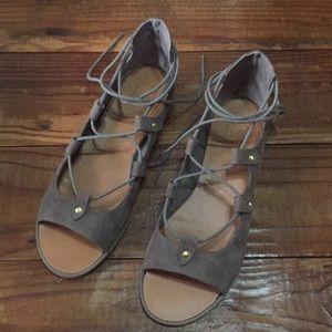14th & Union Carmelah Lace Sandals